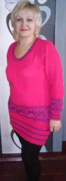Малиновый костюм-платье