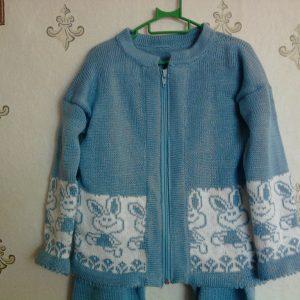 курточка из голубого комплекта