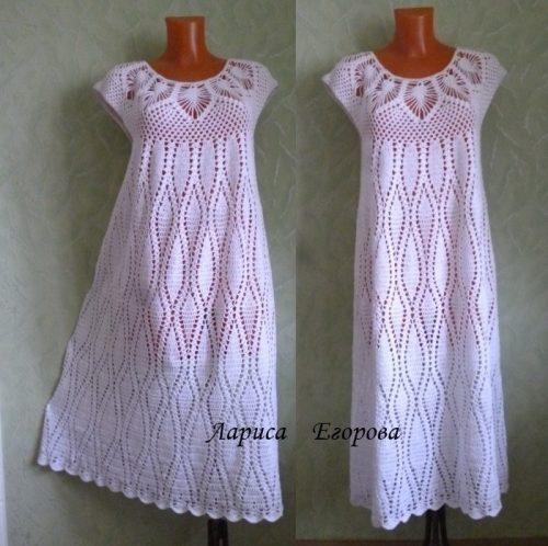 Белое вязаное платье ажурное